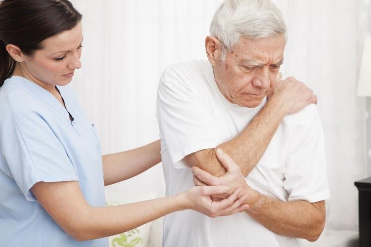5 bệnh lý thường gặp ở người già