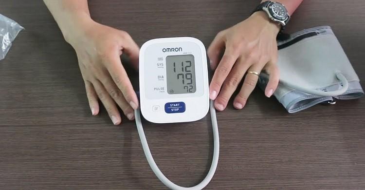 Review top 5 dòng sản phẩm máy đo huyết áp Omron