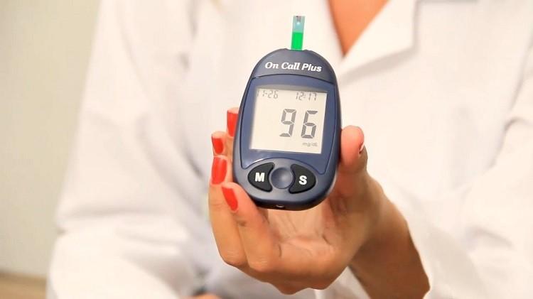 Top 5 máy đo đường huyết tốt nhất năm 2019