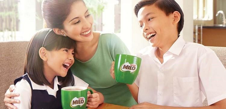 Uống sữa Milo có tốt không đánh giá từ chuyên gia và người dùng