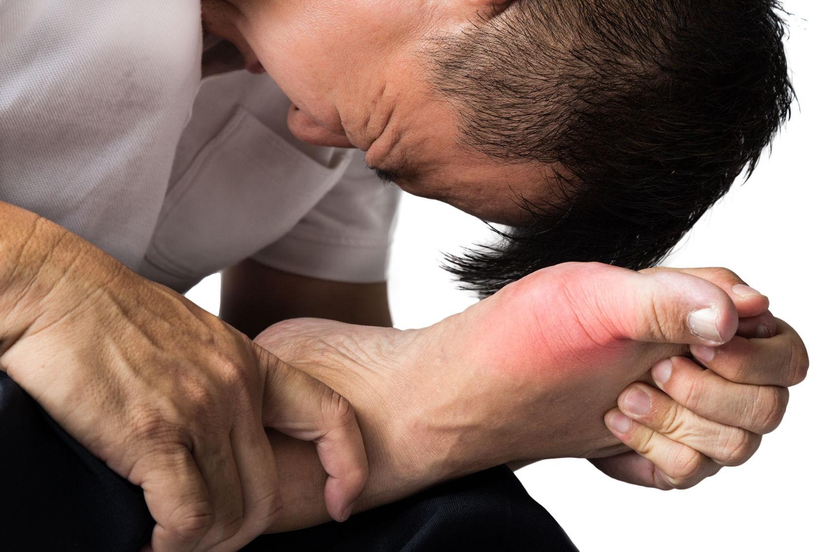 Cơn đau dữ dội ở các khớp