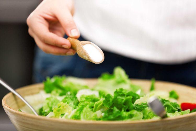Sử dụng muối hợp lý trong nấu ăn