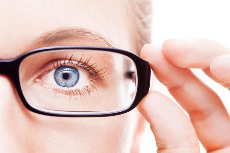 nguyên nhân gây ra cận thị
