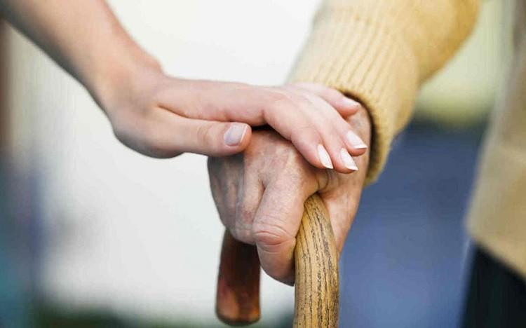Di chứng liệt tay chân hoặc nửa người